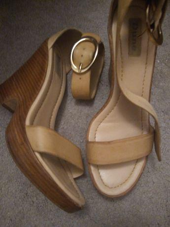 Sandalki40
