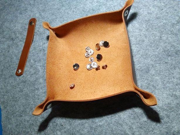 Кожаная тарелочка кожаный декор аксессуар