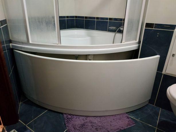 экран на угловую ванну и металлические ножки