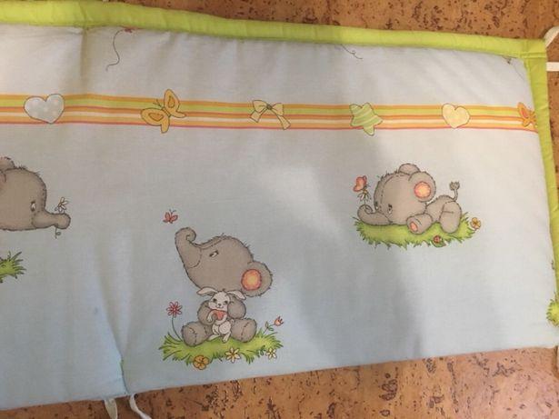 Бортик защитный в детскую кроватку