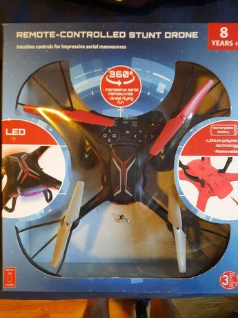 DRON Remote-Controlled Stunt Drone