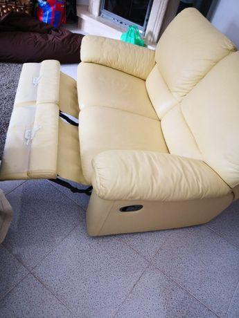 Impecável! Sofá reclinável de 2 lugares Divani & Divani