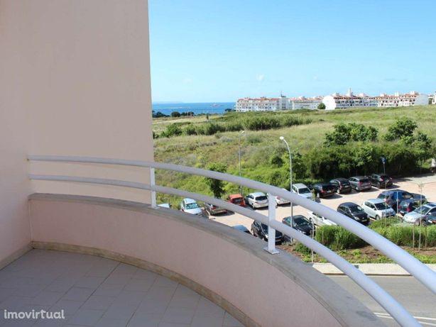 Apartamento T2 sem móveis em Oeiras