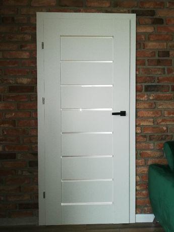 Komplet 3 drzwi + ościeżnice DRE PREMIUM biały mat 90 lewe