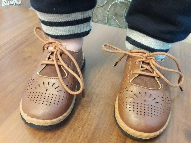 Детские туфли. Ботинки. Дитячі ботіночки.