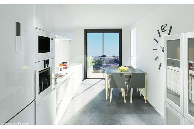 Apartamento T3 - Varanda - em construção - Paranhos - Faculdades