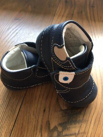 Buty chłopięce Primigi r.19