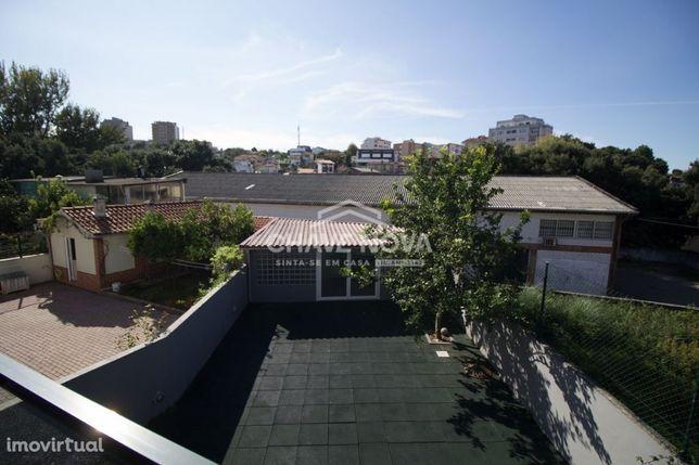 Moradia V3 como nova em Oliveira Douro