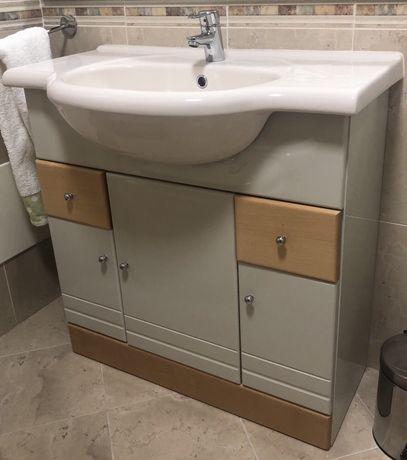2 conjuntos Móvel WC com lavatório e espelho