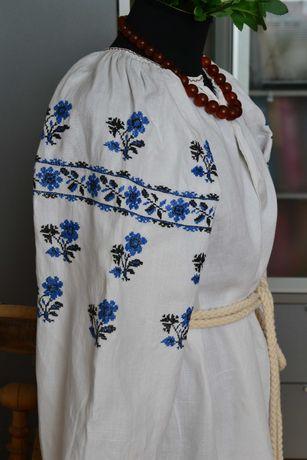 Старинная вышита синим льняная сорочка вышиванка, вишиванка старовинна