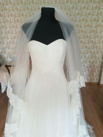 Свадебное платье в отличном состоянии, приносит счастье.