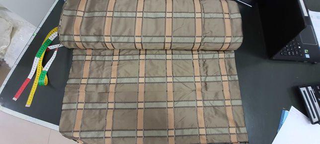 tkanina zasłonowa typ tafta w kratę