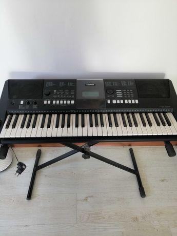 Keyboard YAMAHA PSR E423