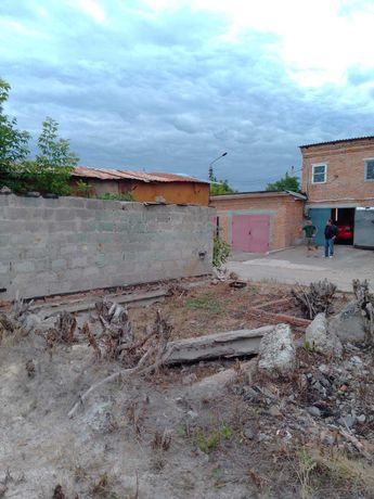 Місце під гараж. Богуслав