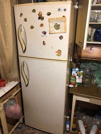 Холодильник LG, срочно продаем