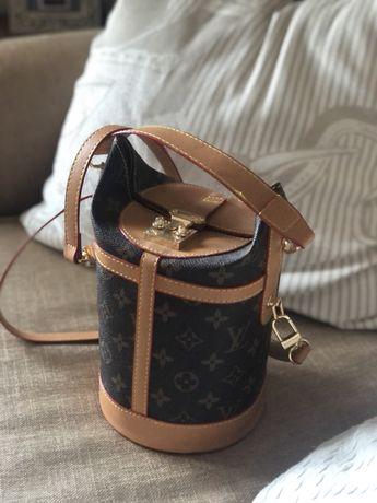 Mala LV Louis Vuitton nova