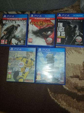 Gry na PS4 sprzedam, zmienię