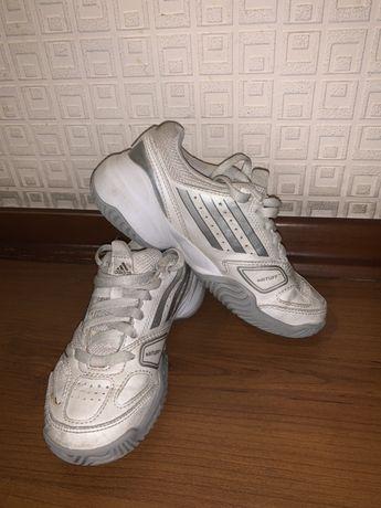 Кроссовки фирменные Adidas (оригинал)