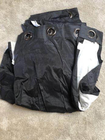 4 cortinados pretos