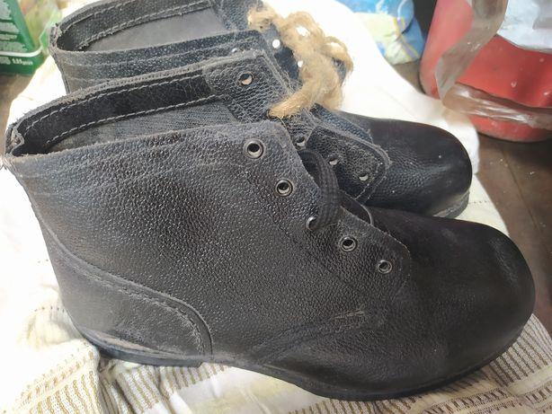 Кирзовые ботинки СССР