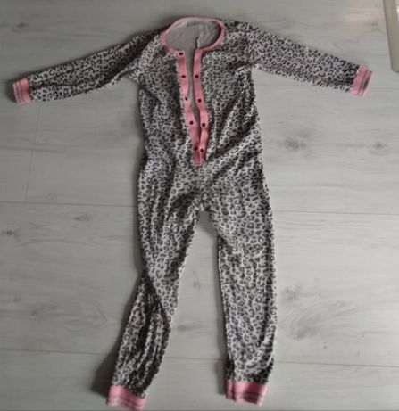 Onesie, kombinezon do spania, piżamka