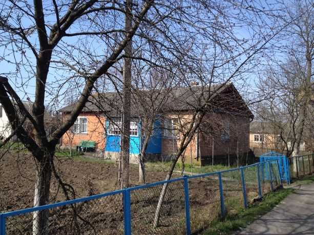 Продам у місті Рожище затишний житловий будинок