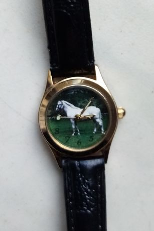 Zegarek Damski piękny cyferblat motyw Konia nowy mechanizm cyfrowe god