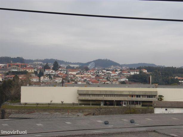 Fábrica têxtil 16000m² - Barca