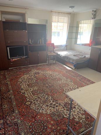 Сдам 2 комнатную квартиру в частном секторе