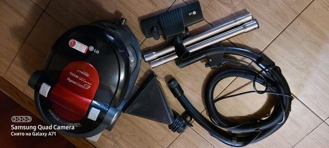 Моющий пылесос LG V-K9851ND