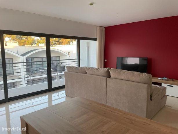 Apartamento T2, com piscina e garagem, palmela village Quinta do Anjo