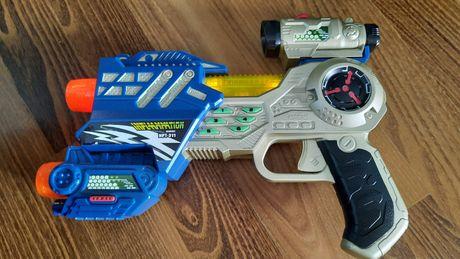 Лазерный бластер, детский пистолет.