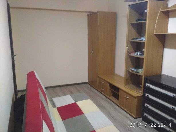 Довготермінова оренда 1 кім квартири на вул.Івасюка (біля Мед.універс)