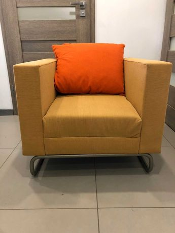 Sofa rozkładana i 2 fotele