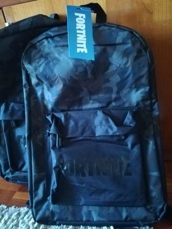 Vendo mochilas Fortnite