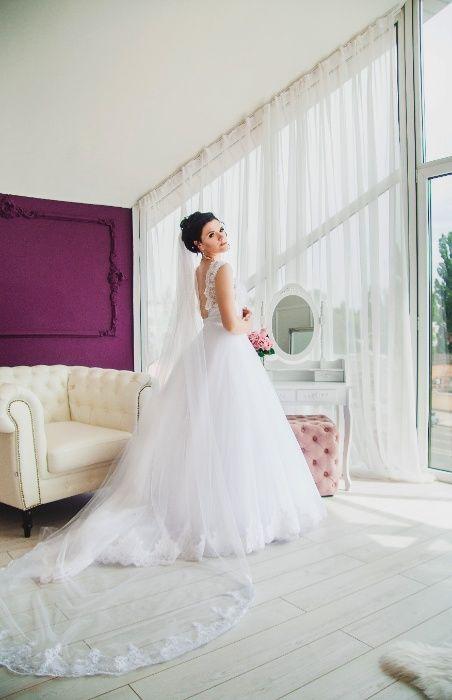 Шикарное свадебное платье со шлейфом Кременчуг - изображение 1