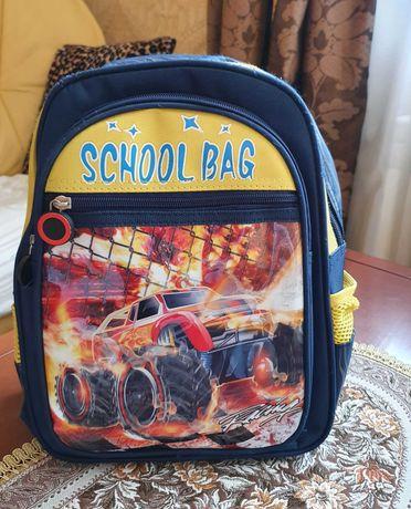 Детский рюкзак для мальчика на возраст 5-7 лет