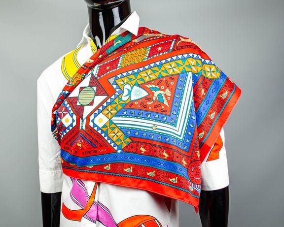 Фирменный шелковый платок Hermes.Большой яркий платочек.Шов Роуль