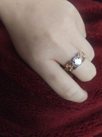 Продам кольцо с мед-золота . Срочно