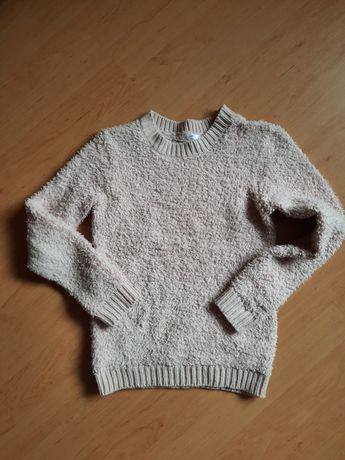 Ciepły sweterek r.146-152