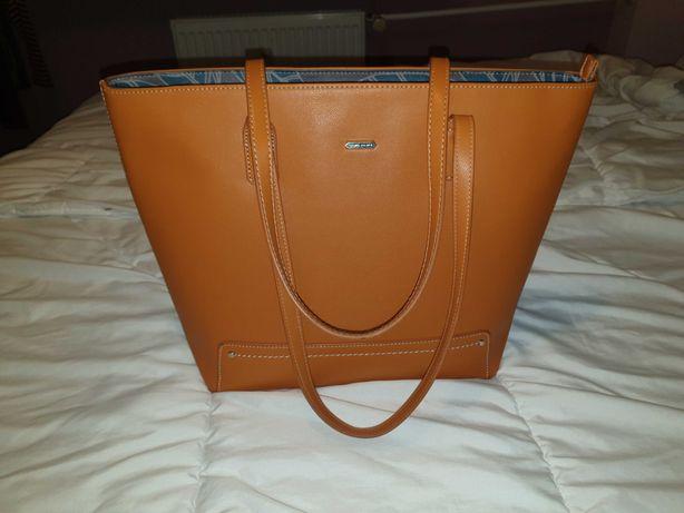 Torebka Shopperbag Dawid Jones w pięknym rudym odcieniu, pojemna