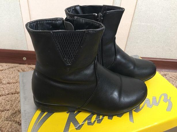 Демисезонные ботинки для девочки р. 30.