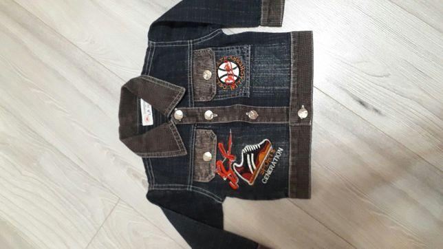 Джинсова куртка + шапка Armani на 1 рік