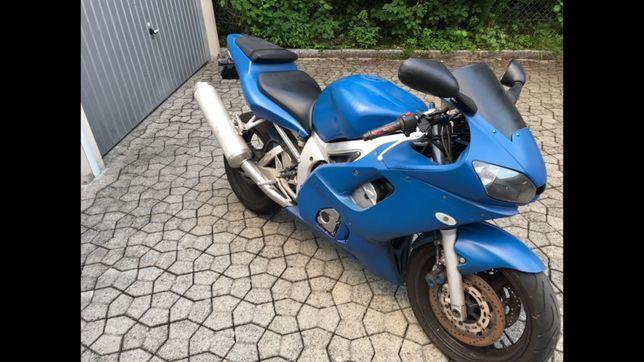 Varias peças Yamaha R6 akrapovic Öhling