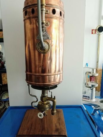 Chuveiro antigo com esquentador em cobre-Alt-1m8cm-Larg-30cm-Prof-70cm