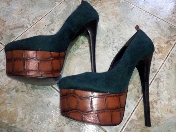 Шикарные замшевые туфли 37