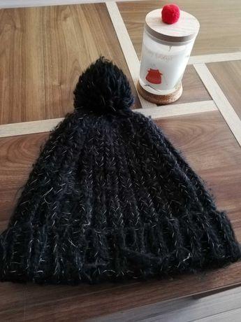 Czapka czarna ciepła damska