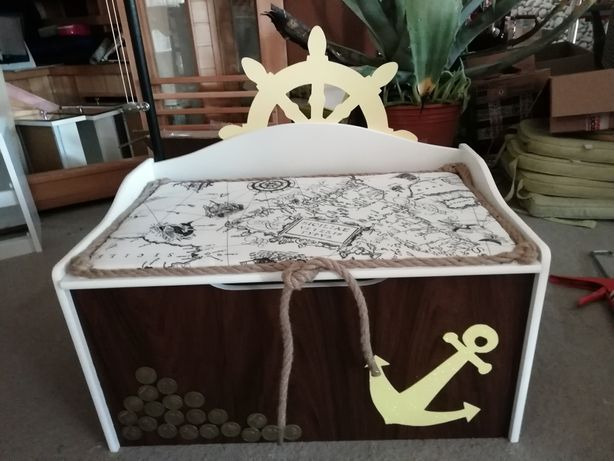 Kufer skrzynia na zabawki piracka