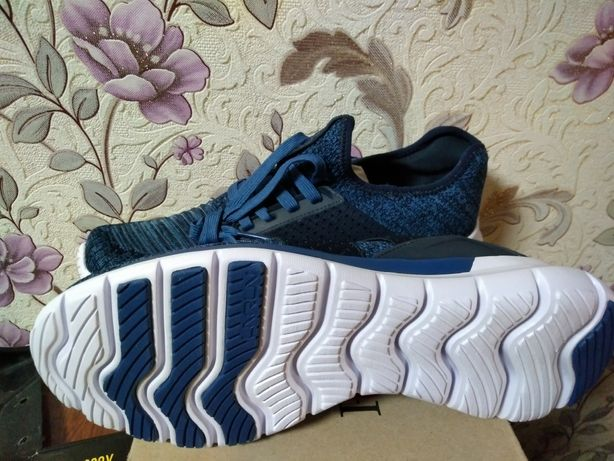 Фирменные кроссовки Li ning размер 44, длина по стельке 28.5