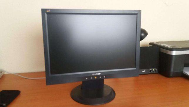 Monitor LCD / TFT ViewSonic 17 polegadas VA1703wb